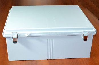 Fiberglass Box with Stainless Steel Latch PTQ-11076