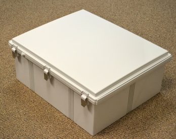 Fiberglass Box with Stainless Steel Latch PTQ-11080